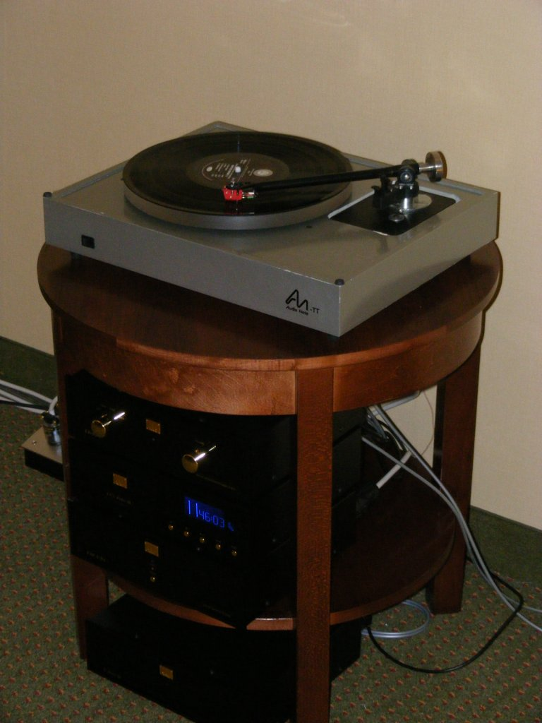 http://lonestaraudiofest.com/2009/Photos/AudioNote_05.jpg