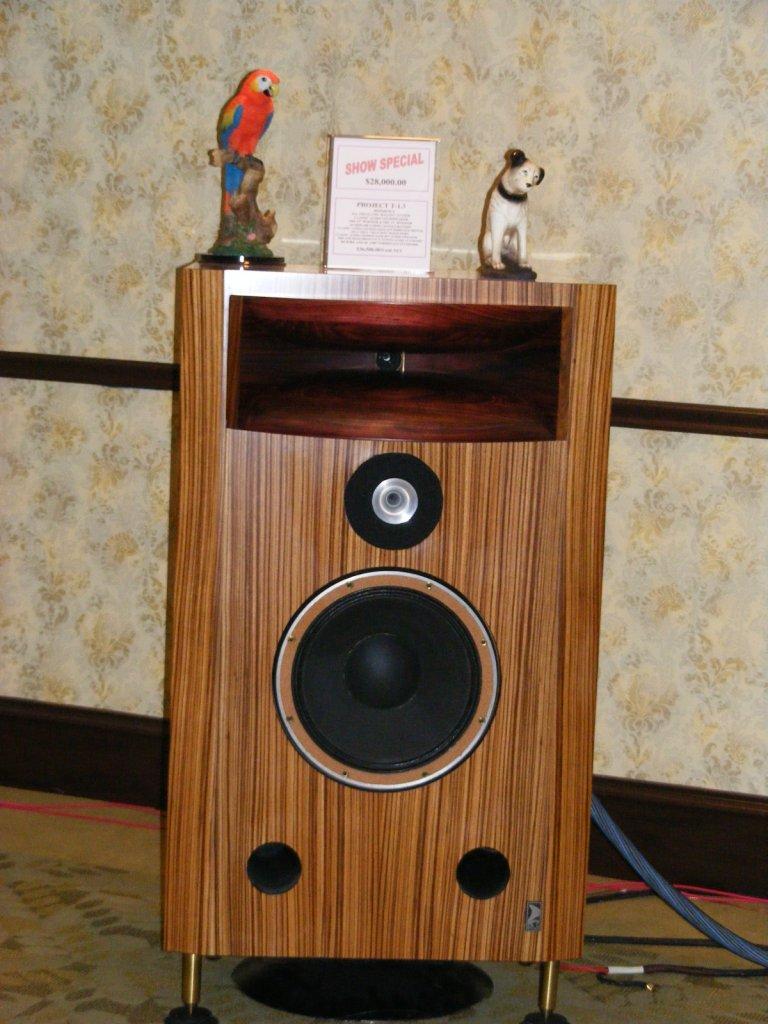 http://lonestaraudiofest.com/2009/Photos/ClassicAudio_11.jpg