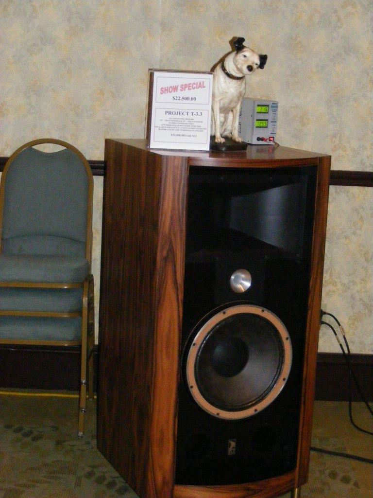 http://lonestaraudiofest.com/2009/Photos/ClassicAudio_12.jpg