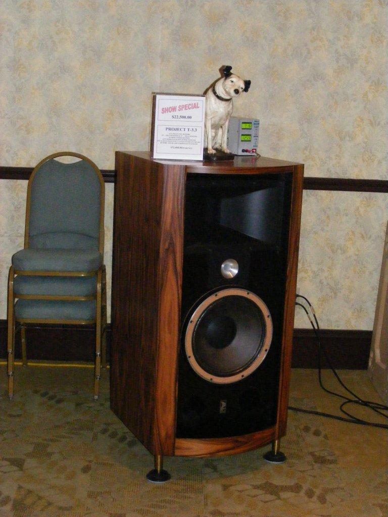 http://lonestaraudiofest.com/2009/Photos/ClassicAudio_13.jpg