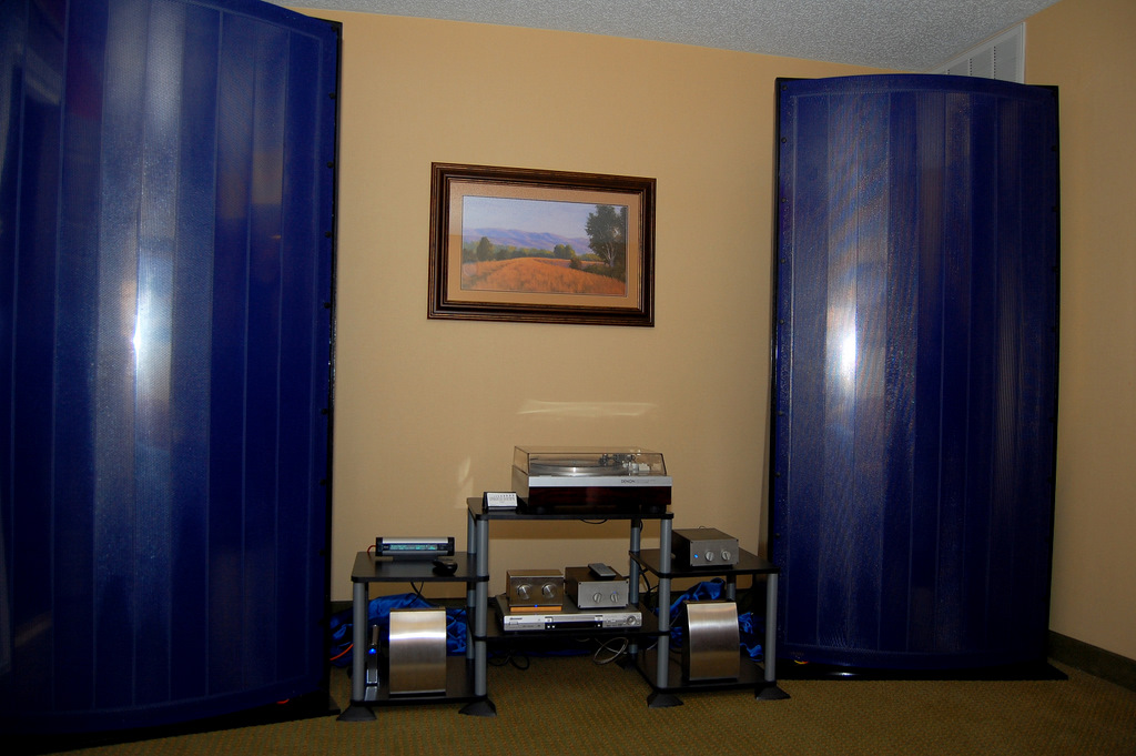 http://lonestaraudiofest.com/2009/Photos/Crescendo_02.jpg