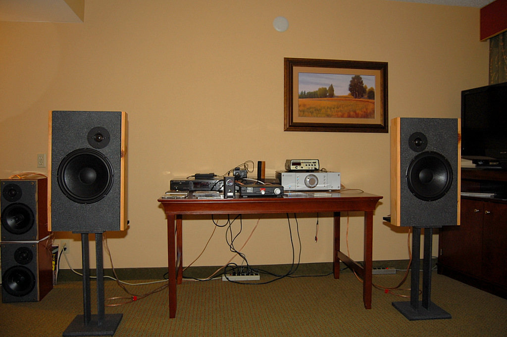 http://lonestaraudiofest.com/2009/Photos/JohnBusch_03.jpg