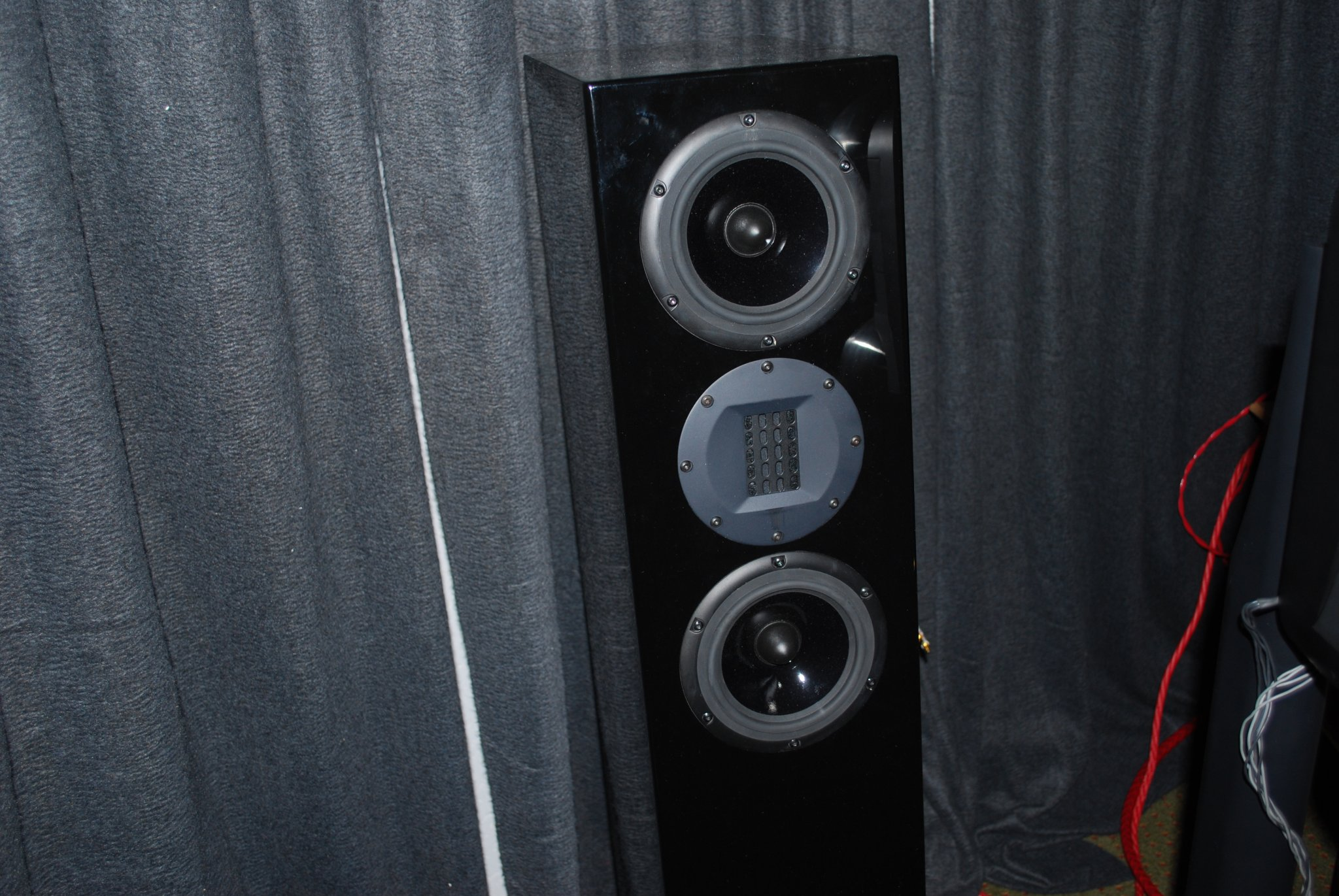 http://lonestaraudiofest.com/2010/Photos/Dsc_0027.jpg