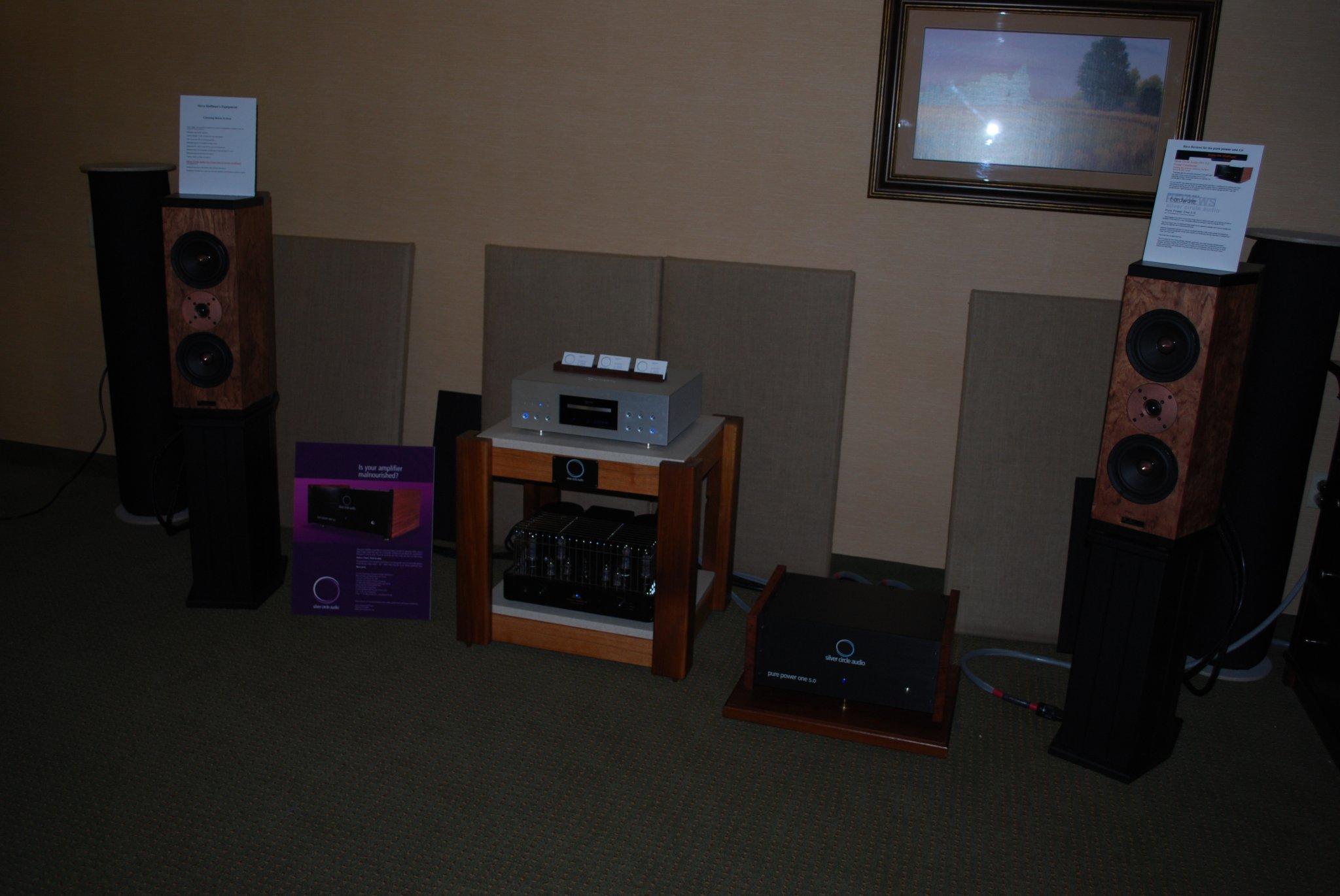 http://lonestaraudiofest.com/2010/Photos/Dsc_0067.jpg