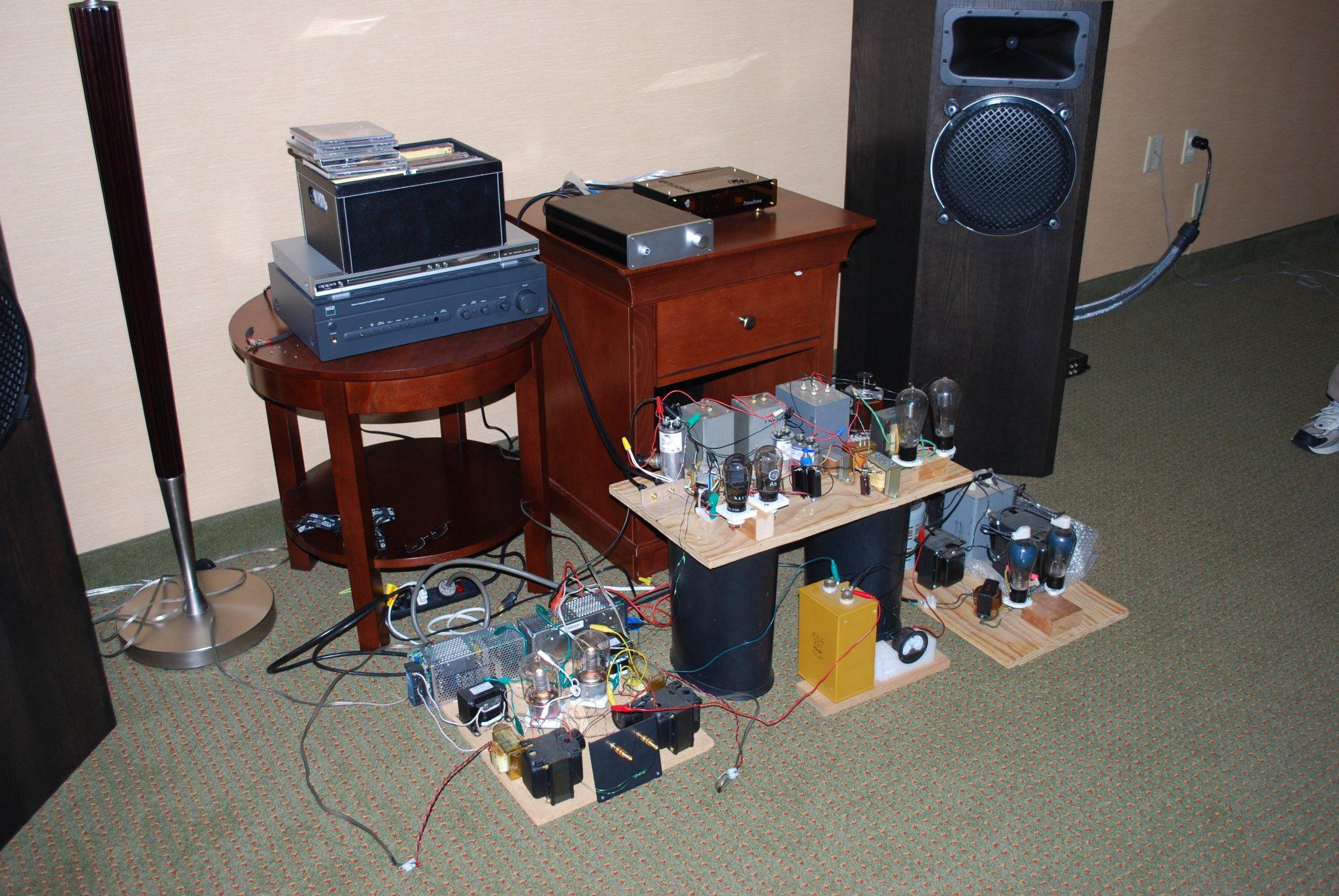 http://lonestaraudiofest.com/2010/Photos/Dsc_0071.jpg