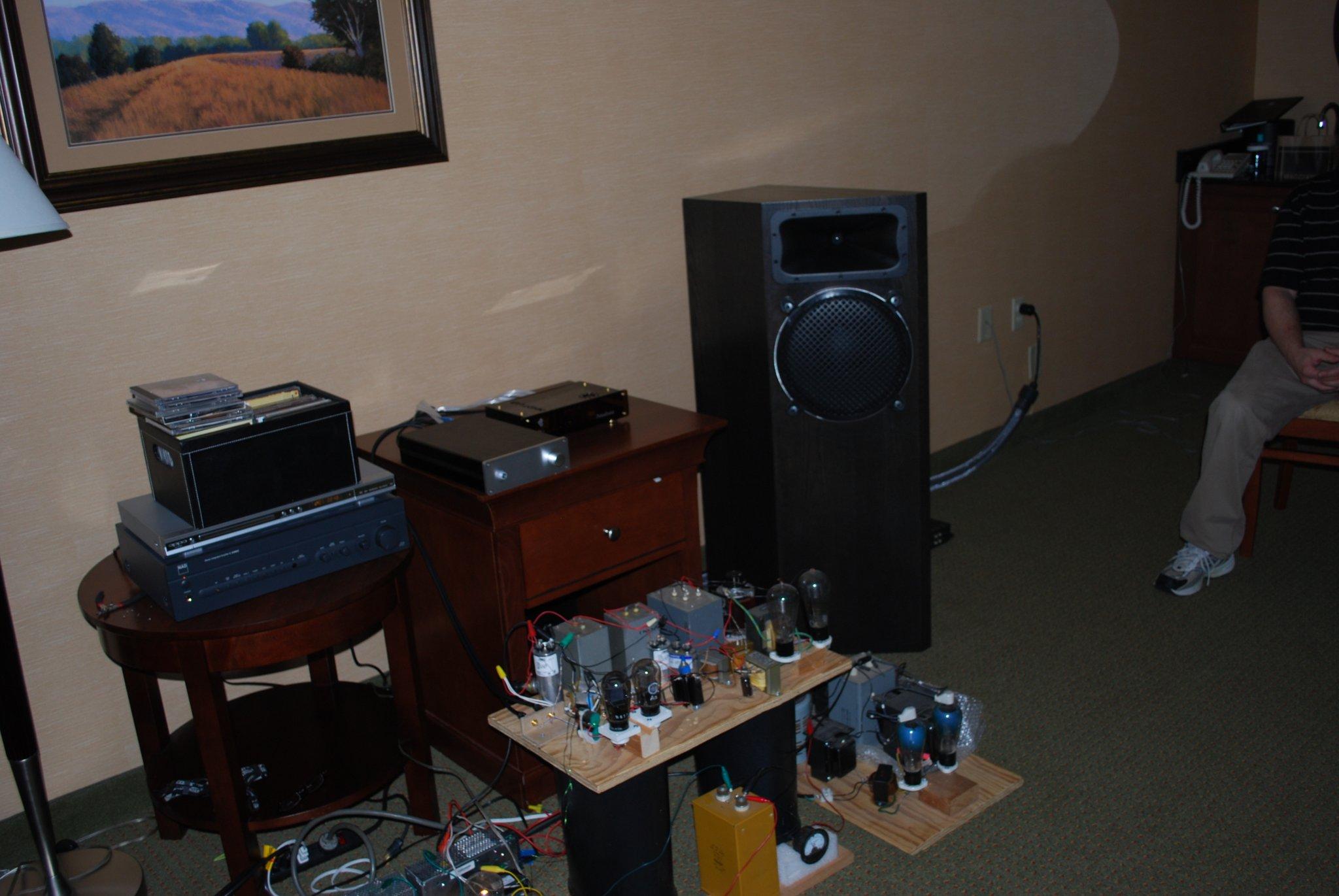 http://lonestaraudiofest.com/2010/Photos/Dsc_0072.jpg