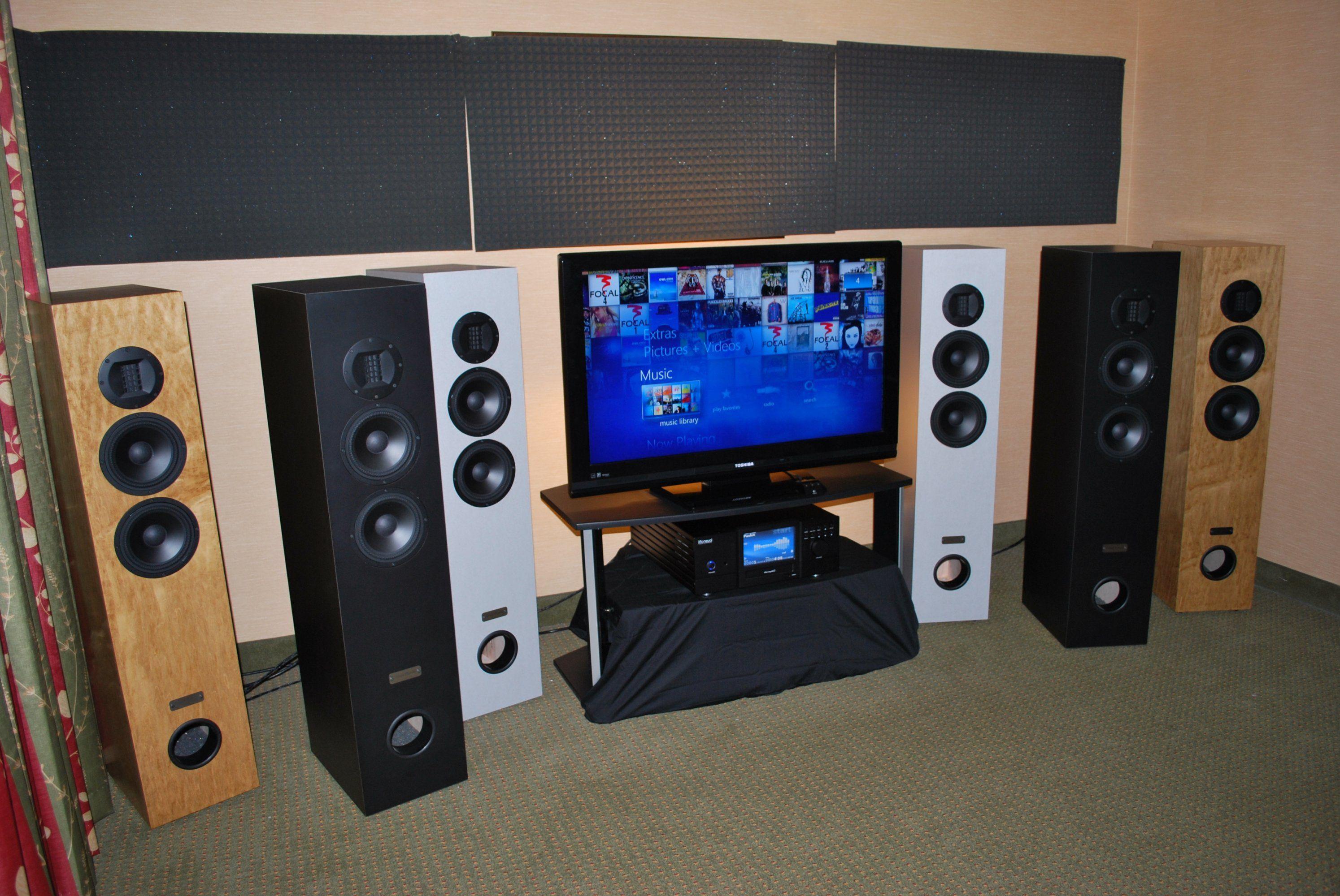 http://lonestaraudiofest.com/2011/Photos/LSAF_2011_036.jpg