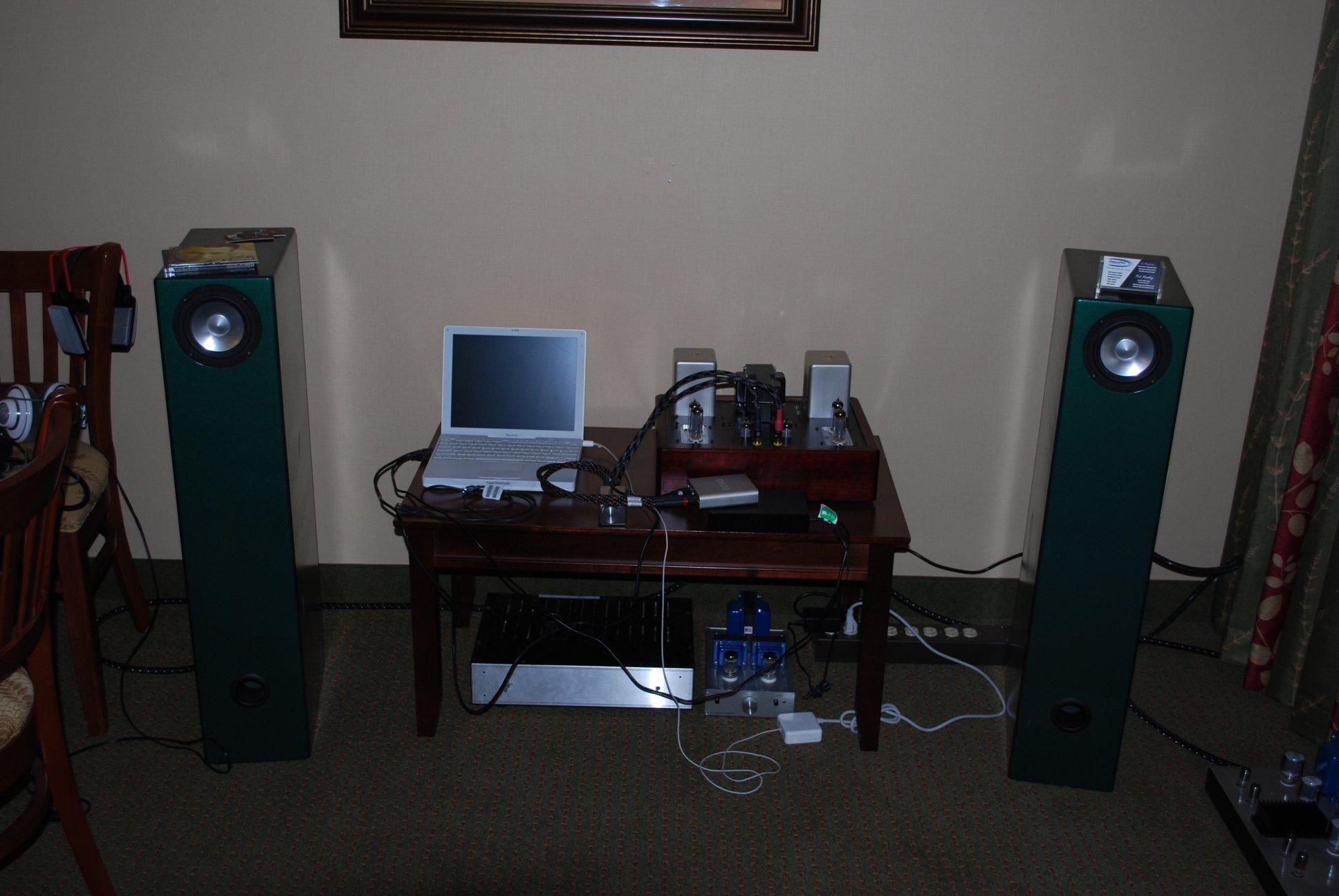 http://lonestaraudiofest.com/2012/Photos/DSC_0082.JPG